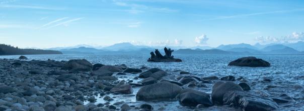 rocky beach pano-1